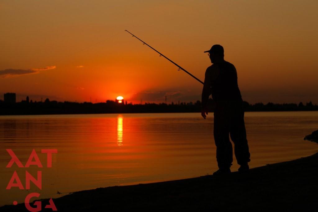 xatanga-vodnyi-rybalka